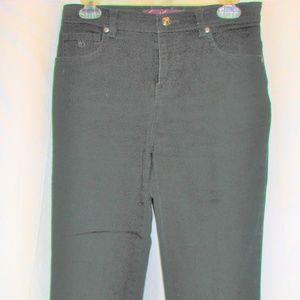 Gloria Vanderbuilt black jeans